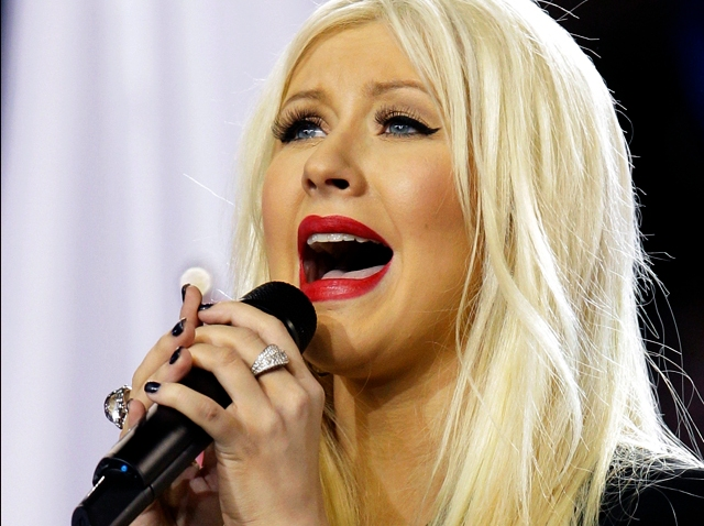 020611 Super Bowl Christina Aguilera National Anthem