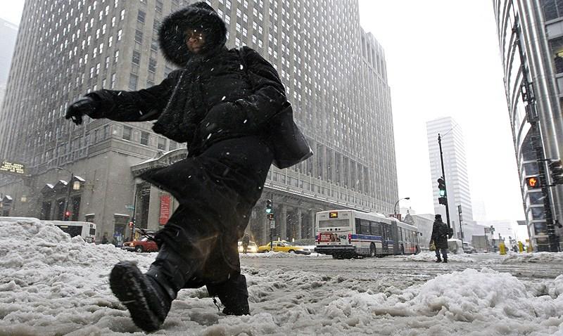 121908 Winter Weather Chicago 1