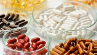 Chicago-Area Doctors Say These Supplements Can Prevent Severe COVID-19 Cases