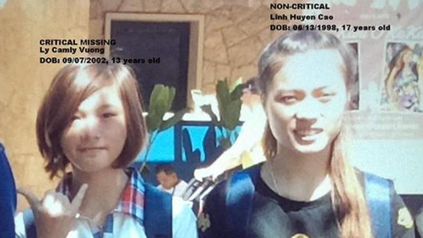 150705-tourists-missing-lax