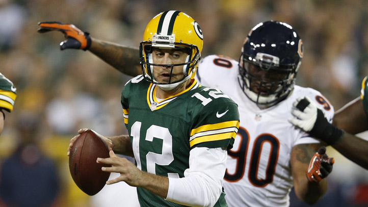149103573JR005_BEARS_PACKERS