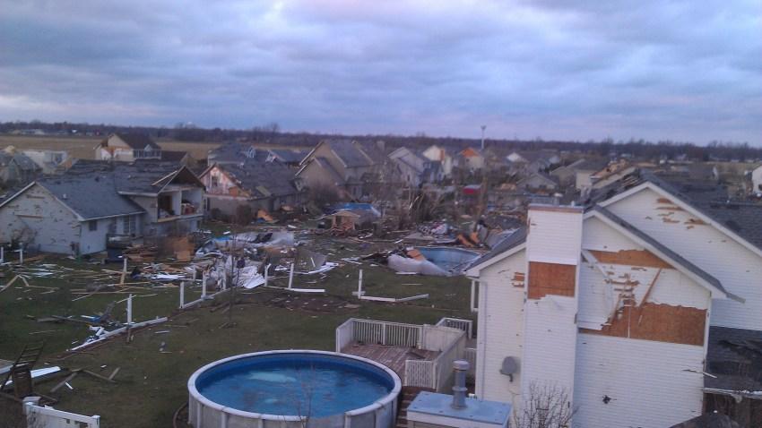[UGCCHI-CJ-weather]Diamond IL Tornado Damage