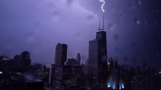 [UGCCHI-CJ]Chicago lightning - 07/19-07/20/2017 - view from Streeterville - Axis Apts on E.Erie