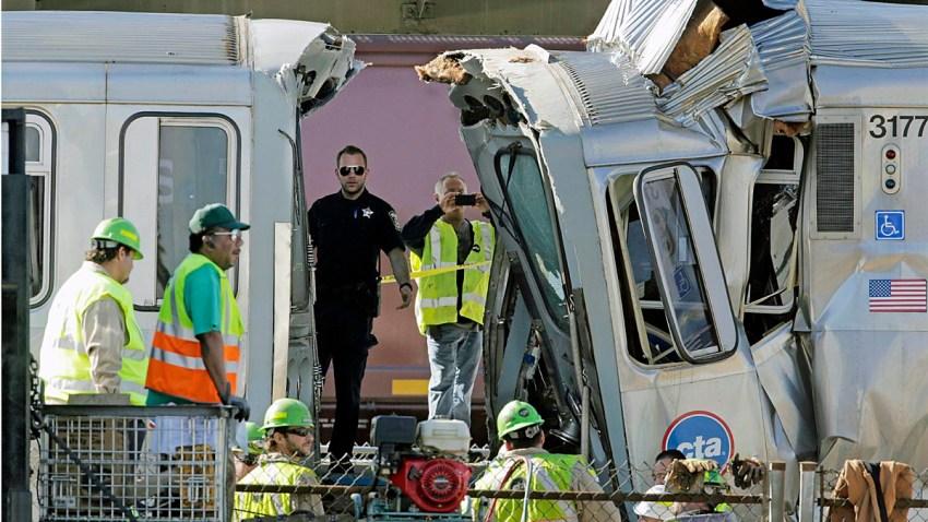 APTOPIX Chicago Train Crash