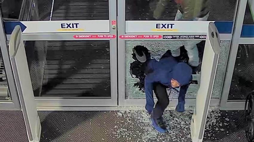 Best Buy Robbery Overhead Shot 10-15
