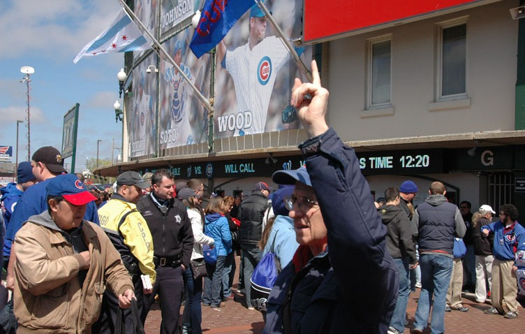 Cubs_opening_day_2012_97