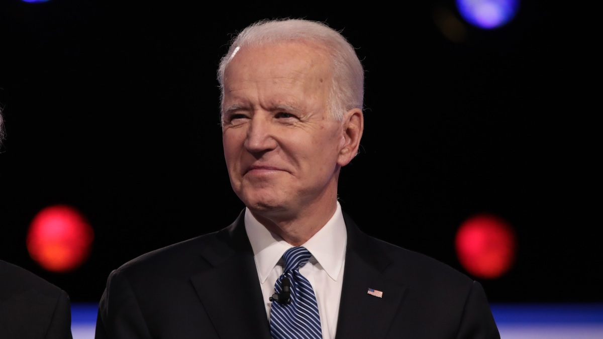 Biden Looks Beyond Super Tuesday With Illinois Endorsements