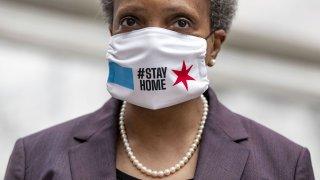 Chicago mayor Lori Lightfoot wears a mask