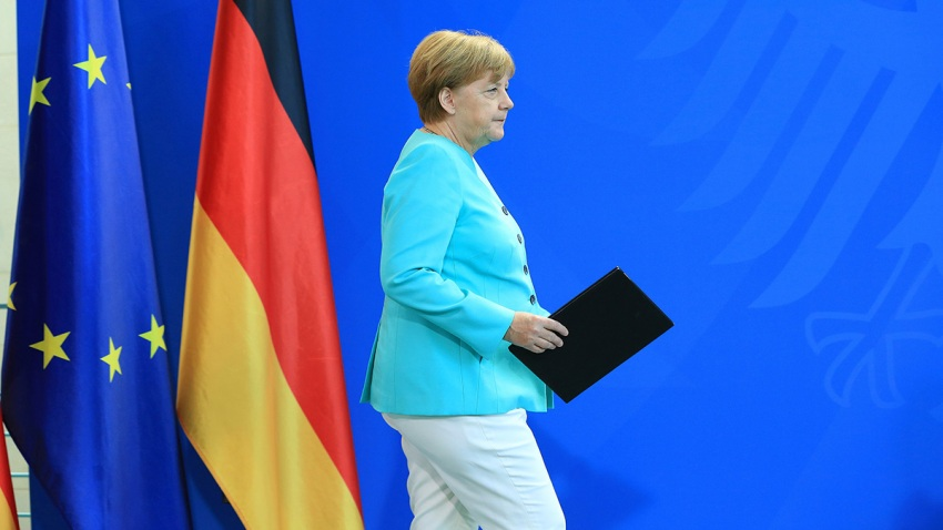 Angela Merkel, Germany's chancellor, arrives for a news conference following the U.K. European Union (EU) referendum results at the Chancellory in Berlin, Germany, on Friday, June 24, 2016.
