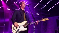 Fountains of Wayne's Adam Schlesinger Dead at 52 From Coronavirus