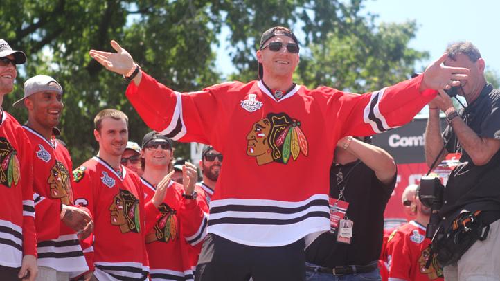 Hawks_podium_hossa
