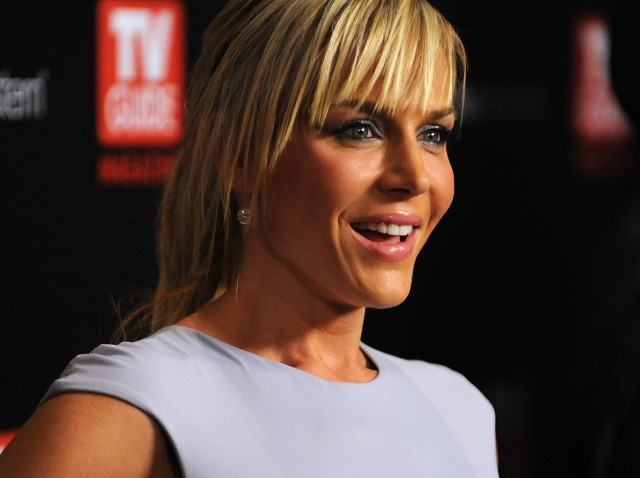 Julie Benz-640