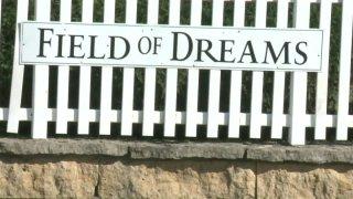 10-24-16-fields-of-dreams-farmhouse