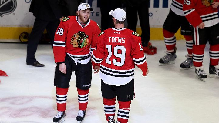 Kane Toews hawks getty