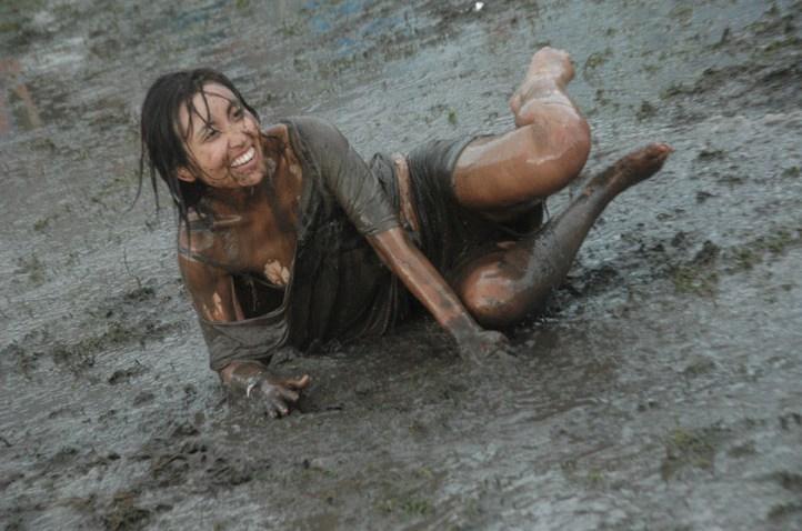 Lolla_2011_muddy_04 off