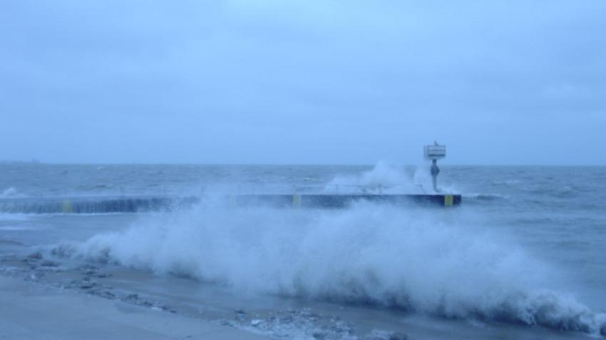 [UGCCHI] Picture of Lake Michigan waves