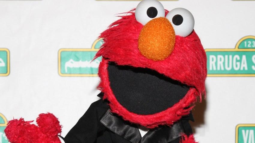 PHI Elmo Teaches Kids