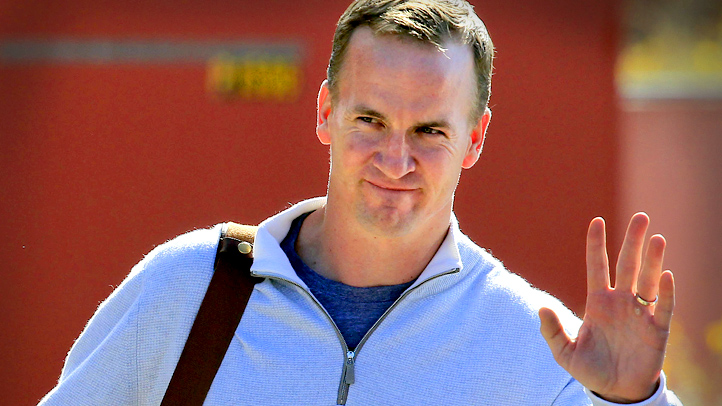 APTOPIX Pursuing Manning Football