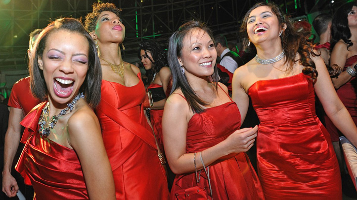 Red-Dress_party_blurb_1