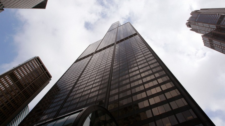 Willis Tower from bottom
