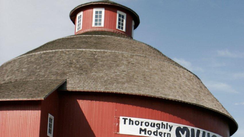 amish acres barn