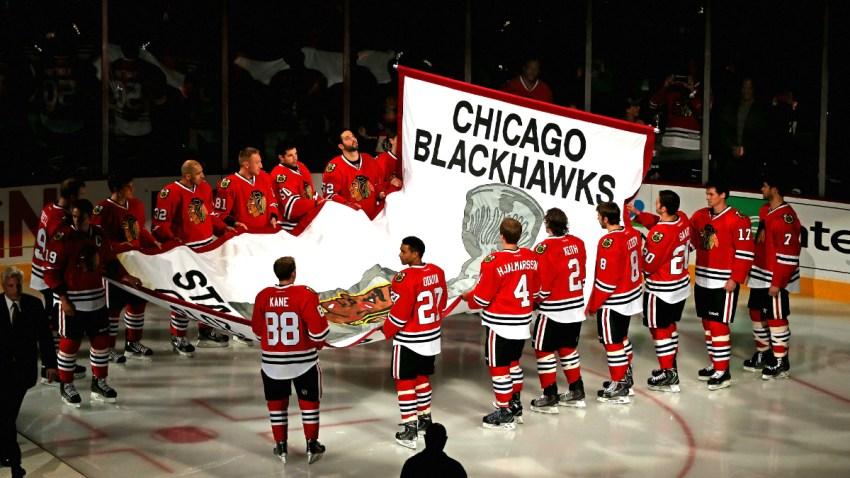 blackhawks jersey retire 0526