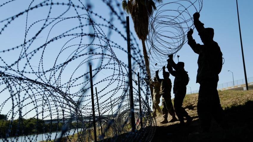 APTOPIX Migrant Caravan Troops