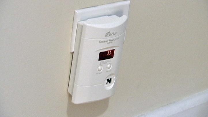 carbon-monoxide-detector1