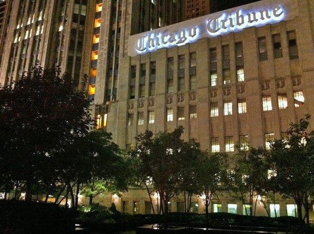 chicago-tribune-night
