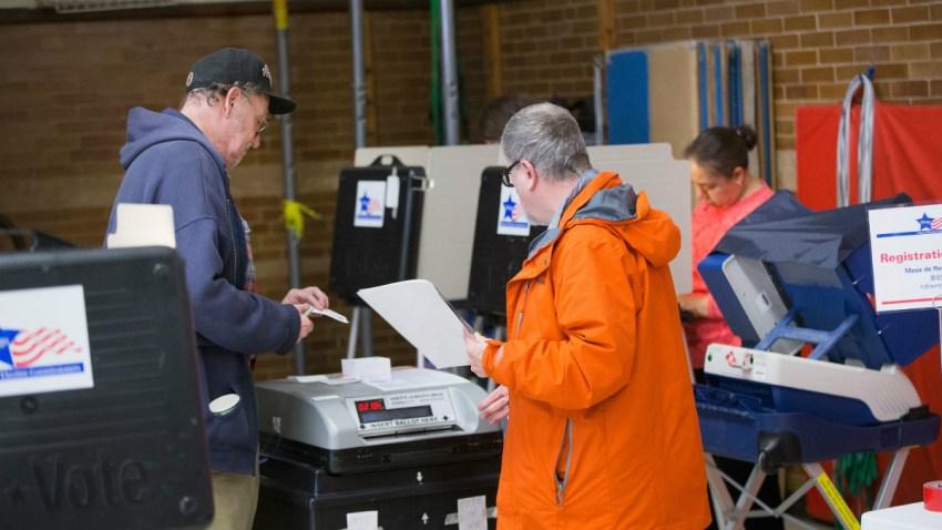 columbus elem voting 3