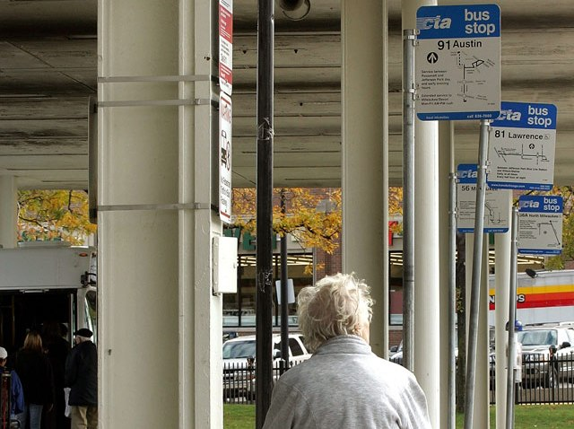 generic-cta-generic-bus-rider-waiting
