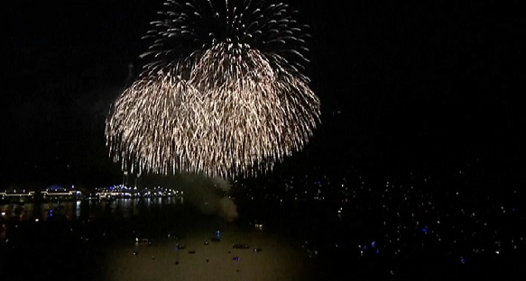 Watch Navy Pier Fourth Of July Fireworks Captured By Sky 5