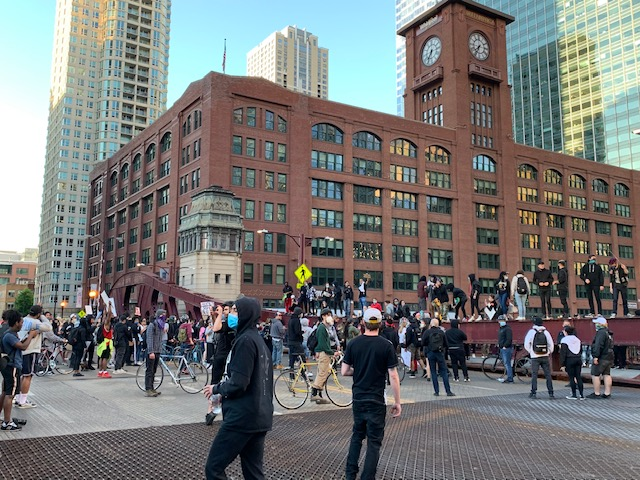 Scenes From Day Two of Protests in Chicago