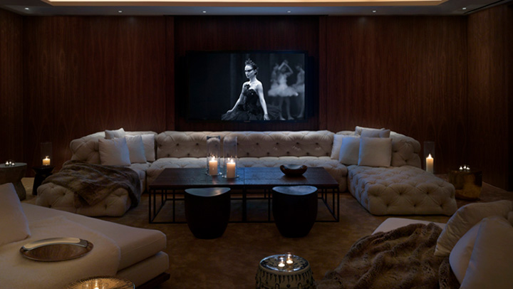 public-hotel-screening-room