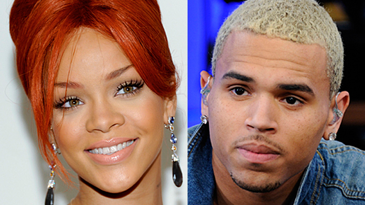 rihana-chris-brown-split-tight-722px