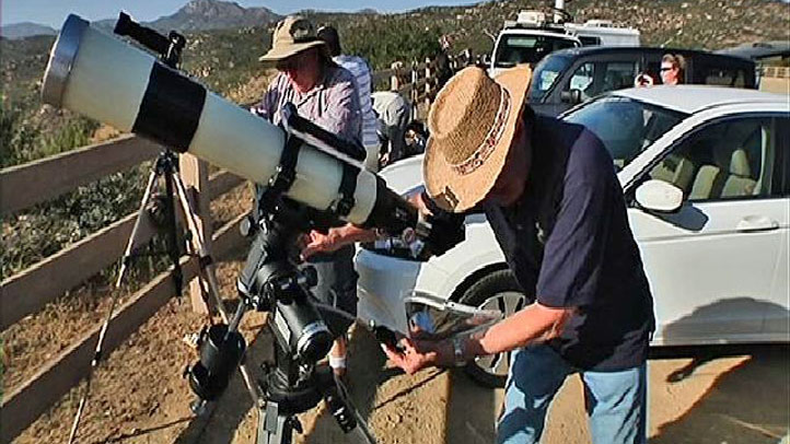 telescope-astronomy-0520
