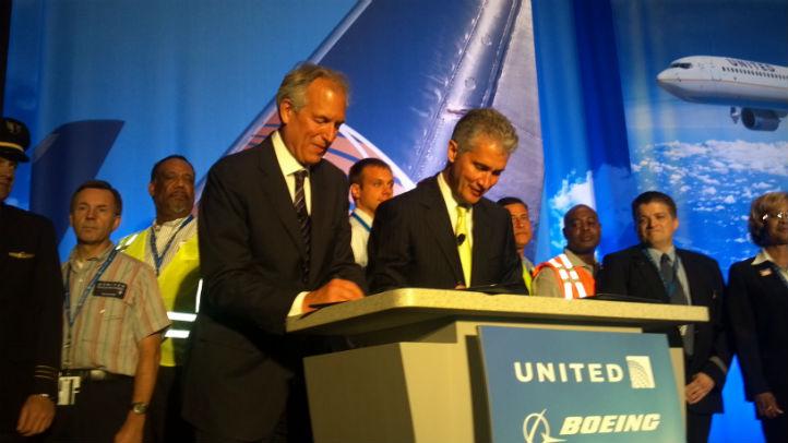 united boeing signing
