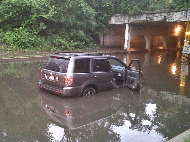 viaduct-flood-061510-1