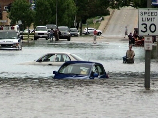 weather flooding westchester cars under water