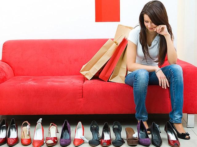 woman-shoes-blurby