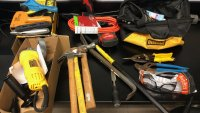 Chicago Police Arrest 2 Men in River North, Find Box Truck Full of 'Burglary Tools'