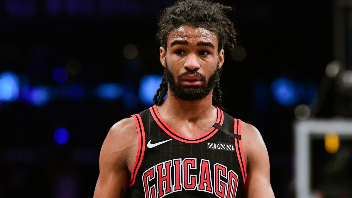 Coby White Donates 3,500 Pairs of Glasses for E-Learning Use