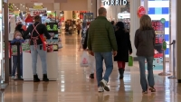 Police to Implement Road Closures, Occupancy Limits for Black Friday Shopping at Aurora Mall