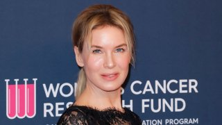 BEVERLY HILLS, CALIFORNIA - FEBRUARY 27: Renée Zellweger attends The Women's Cancer Research Fund's Unforgettable Evening 2020 at Beverly Wilshire, A Four Seasons Hotel on February 27, 2020 in Beverly Hills, California.