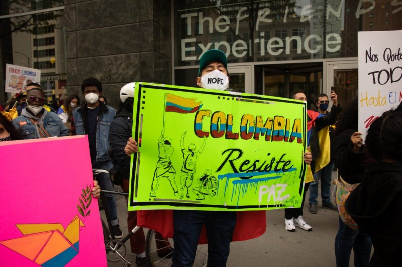 Chicago Rally Held in Support of Colombian Protesters