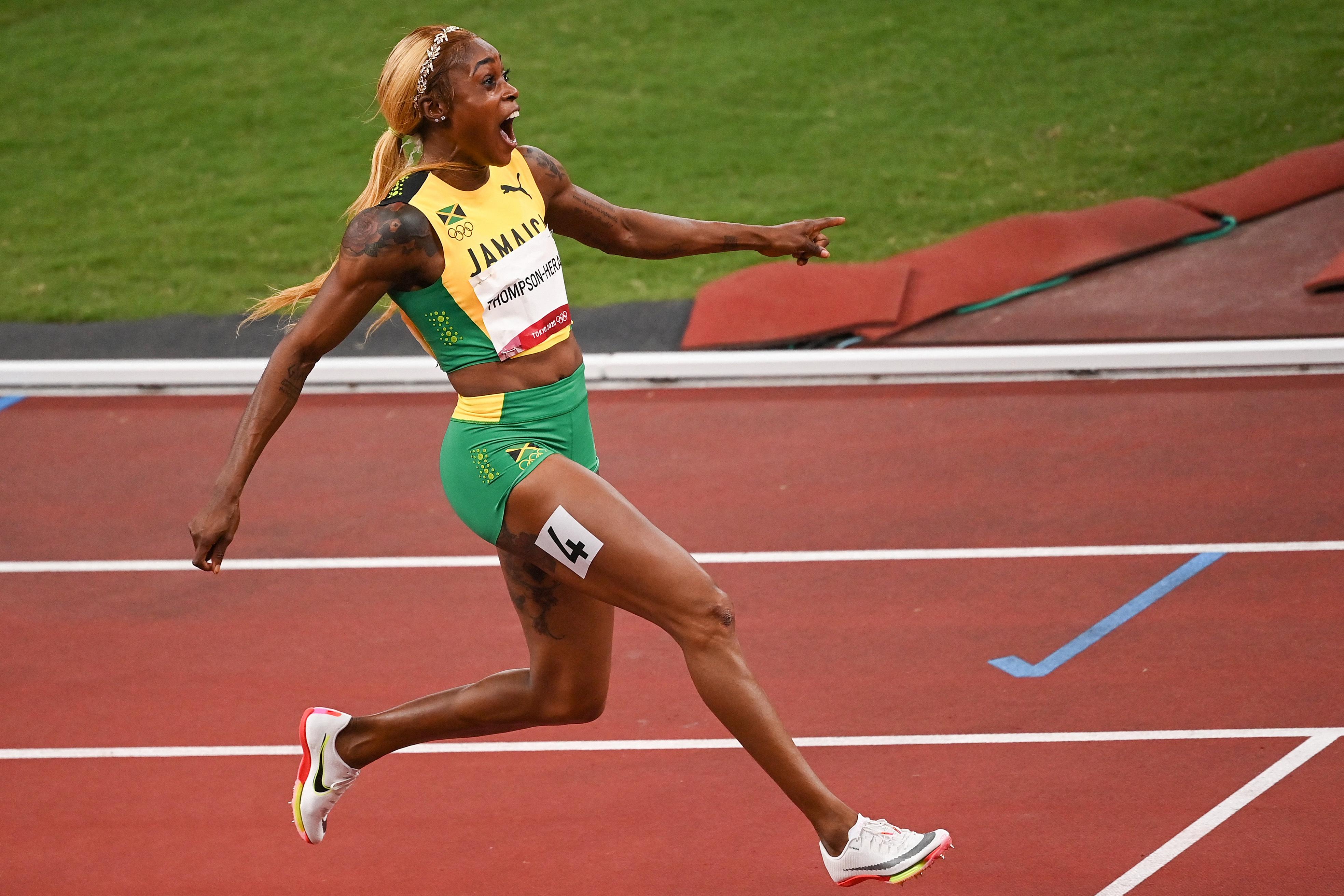 Watch Jamaica's Elaine Thompson-Herah Set Olympic Record in Women's 100m