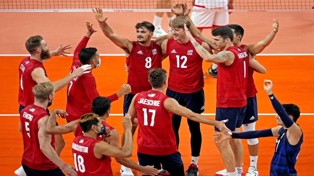 The U.S. men's volleyball team improved to 2-1 in pool play Wednesday with a win over Tunisia.