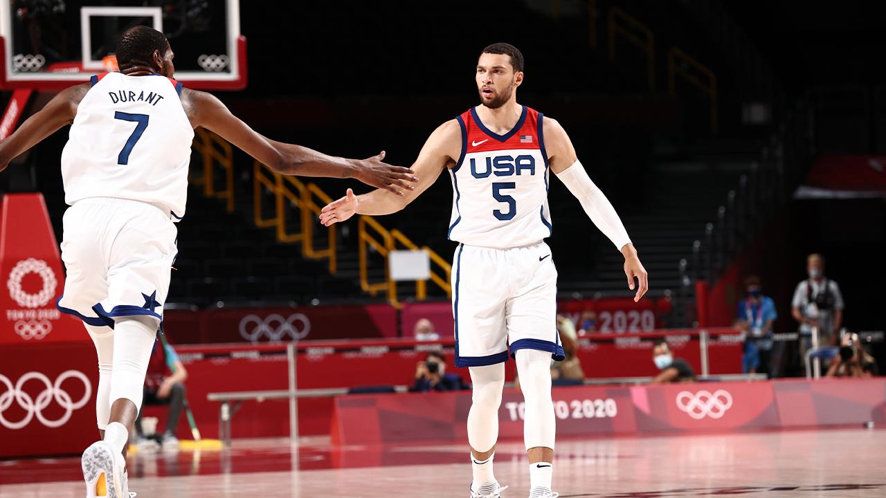 Zach LaVine Bests Tomas Satoransky as Team USA Advances