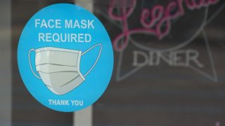 A Denton diner that made headlines for its strict and humorous mask mandate will soon close its doors for good.
