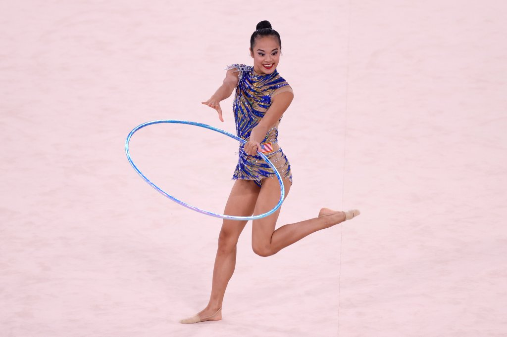 Laura Zeng of Team United States competes
